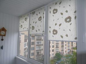 Установка рулонных штор на пластиковые окна в Саранске